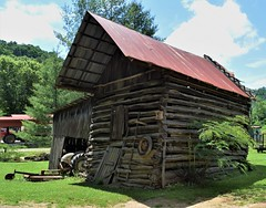 Rural Kentucky (robgividenonyx) Tags: kentucky abandoned barns claycounty ruraldecay