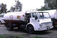 Dodge Tanker, UFX 322L (ergomammoth) Tags: lorry lorries truck trucks dodge dodgekseries tanker petroltanker dodgebrothersbritainltd chryslerukltd uptonoilcompanyltd essopetroleumcoltd lychettminster upton hamworthy poole dorset