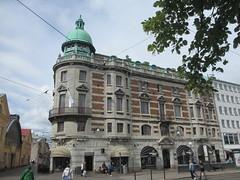 Grand turreted building, Södra Larmgatan, Gothenburg, Sweden (Paul McClure DC) Tags: gothenburg göteborg sweden sverige scandinavia july2015 historic architecture