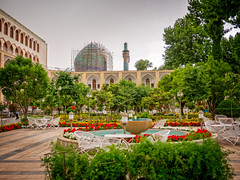 Abassi Hotel garden, Isfahan, Iran (CamelKW) Tags: 2017 iran isfahan kashan abassihotel garden