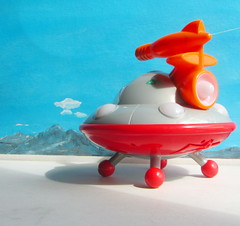 Happyland Early Learning Centre iPlay Ailen Space Ship UFO Flying Saucer With Sounds And Lights 2010 : Diorama Bonneville Salt Flats - 7 Of 17 (Kelvin64) Tags: happyland early learning centre iplay ailen space ship ufo flying saucer with sounds and lights 2010 diorama bonneville salt flats