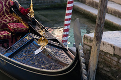 Venice 2017 Trip (elizunseelie) Tags: venice italy europe travel trip pentax k5 summer boat gondola gondolier angel gold pole post red white water sunset colourful colorful ripples ornate pier
