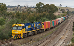 Small to Sydney (Henrys Railway Gallery) Tags: nr8 nr16 nrclass ge diesel goninan pacificnational pn 5ms4 ms4 mathiesonssiding kilmoreeast wandong containertrain freighttrain intermodal