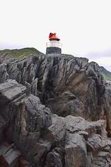 Fyret på Langenes -|- Lighthouse shot (erlingsi) Tags: no langenes rundeisland norway herøy sunnmøre stones rocks fjell knauser lighthouse fyret fyr