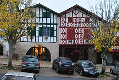 La Bastide Clairence au Pays Basque. (Claudia Sc.) Tags: labastideclairence paysbasque aquitaine france bastide village basque architecture