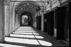 The tunnel (PHOTOGRAFIEBER) Tags: italien italy travelling city cityscape venetia venice venedig love architecture blackwhite bw black white