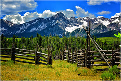 WHERE HEAVEN AND EARTH MEET ... (Aspenbreeze) Tags: sanjuanmountains colorado coloradomountains mountains peaks snowypeaks nature mountainscape landscape corral sky rural bevzuerlein aspenbreeze moonandbackphotography