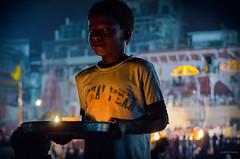 Ganges (paris_sousa) Tags: ganges niño india vanarasi benarés asia boy gangaaarti