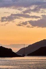 Yacht at Loch Na Droma Buidhe (mark_mullen) Tags: lochsunart lochnadromabuidhe highland scotland scottish sealoch anchorage sailing yachting yacht sunset canon5dmk3 markmullenphotography ardnamuchan uk canon 135mm f2 canon14xextenderii