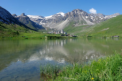 Lac de Tignes (Savoie) (bernarddelefosse) Tags: tignes lac valclaret savoie rhônealpes montagne alpes grandemotte