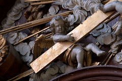 Hondschoote, Nord, Flandres, église Saint-Vaast, altar of 7 sorrows, cherub{s} (groenling) Tags: hondschoote nord flandres hautsdefrance france fr églisesaintvaast altar autel wood carving woodcarving retable saint sainte mary marie sorrows douleurs sevensorrows septdouleurs angel ange angelot cherub putto cupid nude naked cross croix