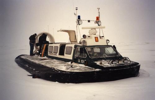 Kotkan merivartioaseman ilmatyynyalus vuonna 1998