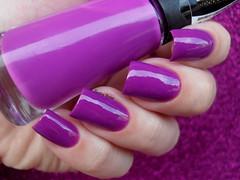 Brilho Ativo - Uvinha (Barbara Nichols (Babi)) Tags: uvinha brilhoativo roxo purple purplenailpolish purplenails nails
