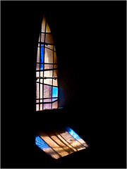 People are like stained-glass windows. They sparkle and shine when the sun is out, but when the darkness sets in, their true beauty is revealed only if there is a light from within. (Peter Jaspers (sorry less time to comment)) Tags: frompeterj© 2017 olympus zuiko omd em10 1240mm28 france french normandie normandy church eglise saintepétronille lapernelle manche cotentin stainedglass vitrail monumenthistorique valdesaire vitraux