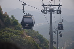Safely back on the way down, by cable car (shankar s.) Tags: southeastasia china mainlandchina peking beijing beijingcapitalterritory ancienthistory thegreatwallofchina greatwall badalinggreatwall juyongguanpass defenses barrier mingdynasty tourists crowd path passage ropeway cablecar