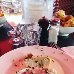 My lunch at Restaurant La Boutique | Paris | 75012 (Elisabeth de Ru) Tags: paris parijs laboutique restaurant 75012 lunch rosé geotagged