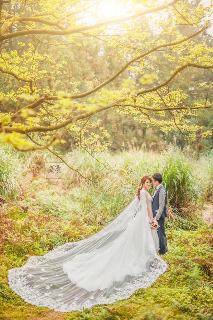 {婚攝英聖  自主婚紗 }~ Sara+Jalon婚紗 冷水坑 沙崙海灘 造型 : 昀臻