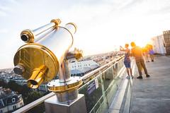 Sur les toit du Printemps (Voyageur du week-end) Tags: paris roofs toits printemps sunset crépuscule