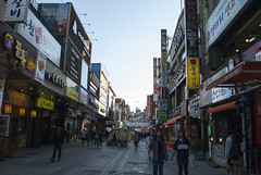 수원, Suwon, South Korea (Tiphaine Rolland) Tags: southkorea suwon korea corée coréedusud asia asie nikon d3000 nikond3000 printemps spring 대한민국 수원시 수원 rue street