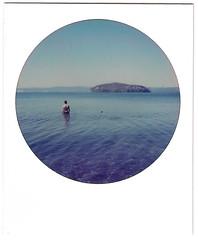 Riccardo (michela.midossi) Tags: lake lago nature sky wather boy guy color blue polaroid roundframe impossible impossibilehq whiteframe
