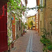 Quiet streets of Cassis at noon