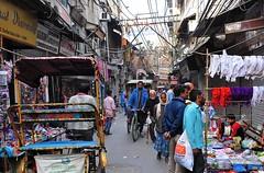 India- Old Delhi (venturidonatella) Tags: india asia delhi olddelhi street streetscene streetlife citta city persone people gentes colori colors emozioni market nikon nikond300 d300