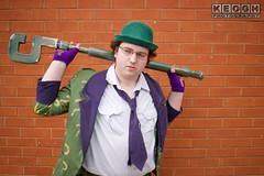 IMG_1792.jpg (Neil Keogh Photography) Tags: gloves tie dccomics theriddler shirt bowlerhat pants tv jacket questionmark videogames film male boots purple batman suit manchestersummerminicon cosplay cosplayer black green glasses comics walkingcane white