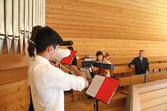 IMG_2537_neu (the real Caffeamore) Tags: concert cello violin viola organ wanderkonzert classical music musicians culture church chapel woods water reservoir küsnacht switzerland prize opera aria singer horn flute trio quartet piano ensemble