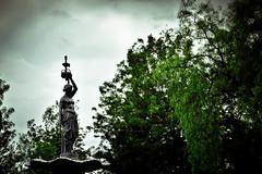 YohathEQ30082014b (YohAth) Tags: yohannan athalberth elogio quietud yohath estatua parque