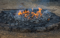 fire offering (Pejasar) Tags: mayanritual fire flames smoke iximche tecpán guatemala