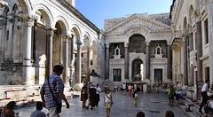Palacio de Diocleciano (Split). El Peristilo (Fotos_Mariano_Villalba) Tags: palaciodediocleciano split dalmacia croacia peristilo