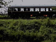 Empty Coaching Stock through Foley Park (simonjohn4) Tags: severn valley railway dmu foley park