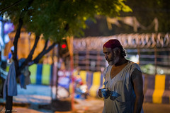 """Sochi peya, te banda gaya"" (Saad Sarfraz Sheikh) Tags: punjab pakistan lahore sufi malang devotion shahjamal devotee portrait lowlight sigma nikon"