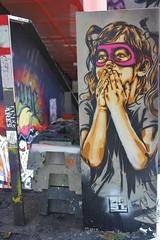 RNST_2427 boulevard du Général Jean Simon Paris 13 (meuh1246) Tags: streetart paris paris13 boulevarddugénéraljeansimon lelavomatik rnst enfant masque