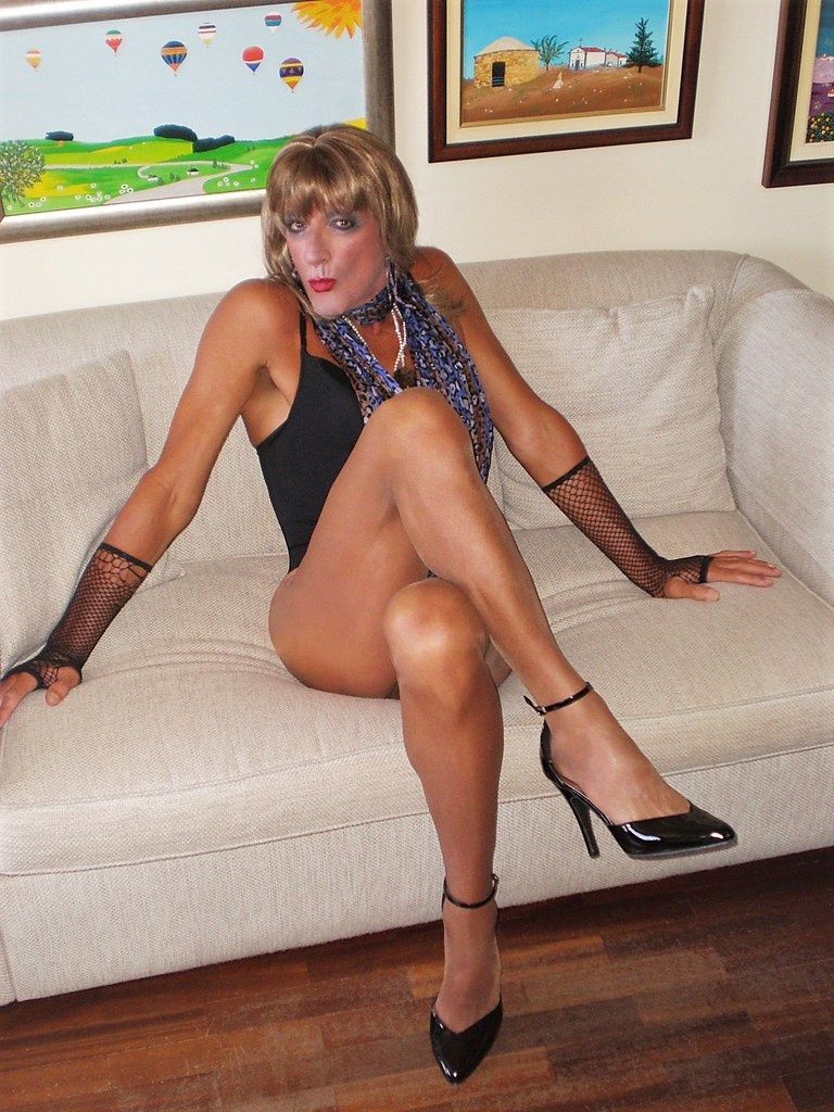 Crossdress transvestite t-girl tgirl