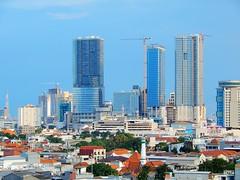Tunjungan Plaza - Super Block! (Detta Priyandika) Tags: surabaya suroboyo skyscrapers skyline scape skyscraper