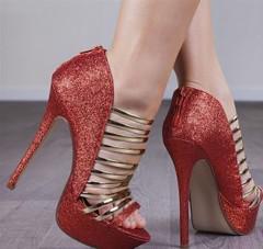 تميزي في سهراتك باختيار أحذية راقية تحاكي موضة ربيع 2017 (Arab.Lady) Tags: تميزي في سهراتك باختيار أحذية راقية تحاكي موضة ربيع 2017