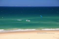 Noosa Heads, Sunshine Beach, surfing (blauepics) Tags: australia australien queensland qld landscape landschaft seascape sea meer water wasser beach strand sunshine coast küste waves wellen turquoise türkis blau blue sand noosa heads wind surfer parasurfer surfing sport