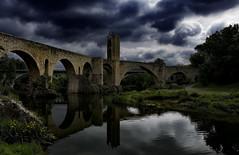 Besalú II (Carlos Sobrino) Tags: nikon river besalú bridge clouds sky csobrino flickelite