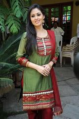 Indian Actress SADA Photos Set-3 (32)