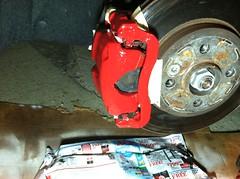MINI Cooper Clubman caliper after paint (Ernesto  Vumbles) Tags: mini cooper brake caliper paint