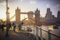 Tower Bridge (www.javierayala-photography.com) Tags: london londres england inglaterra towerbridge bridge londonbridge sunset unitedkingdom uk golden photo thamesriver thames