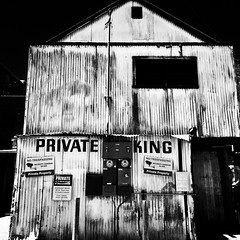 private parking 🚫 #blackandwhite #photography #petaluma #sonomacounty #privateparking #beergarden #exploring (brinksphotos) Tags: blackandwhite photography petaluma sonomacounty privateparking beergarden exploring
