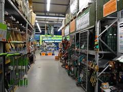 Hornbach Aquaristic (Bambizoe) Tags: dresden 2017indresden 2017 hornbach homeimprovementmarket constructionmarket baumarkt hardwarestore diystore