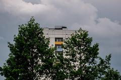 Dunkle Wolken (p.schmal) Tags: panasonicgx80 hamburg farmsenberne wetterwechsel