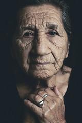 S K I N S (Miguel-Lugo) Tags: nikon d750 nikkor profoto skin grandma grandmother hands eyes hairskin old photoshoot phorography black portrait poetry lonely nikonflickraward