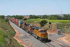 Curtis Hill Container Train (joemcmillan118) Tags: oklahoma quinlan bnsf containertrain curtishill