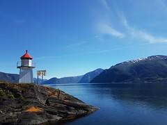 Lighthouse i Hermansverk (thorsortevik) Tags: lighthouse hermansverk sognogfjordane leikanger norway sognefjorden sogn norge mountains view nature