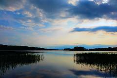 Farbenspiel am Abend (waltsphoto) Tags: wasser see sonnenuntergang abendstimmung wolken wolkenlandschaft wolkenkontrast natur naturgucker
