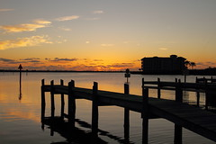 SUNRISE (R. D. SMITH) Tags: sunrise building water morning river dawn pier canoneos7d
